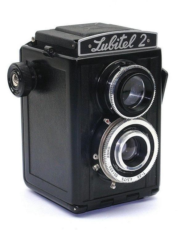 Любитель 2 - самая доступная двухобъективная зеркальная камера