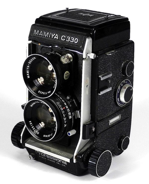 Mamiya C330 или C220 - единственная TLR со сменной оптикой